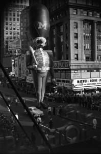 Vivian Maier, New York (Macy's Parade, Toy Soldier Balloon), c. 1951-55