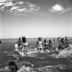 Vivian Maier, Wilmette, IL (Girls Wading in Lake Michigan), July 1968