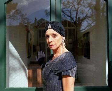 Sharon at the Front Door, 2009 Digital C-Print © Simone Lueck